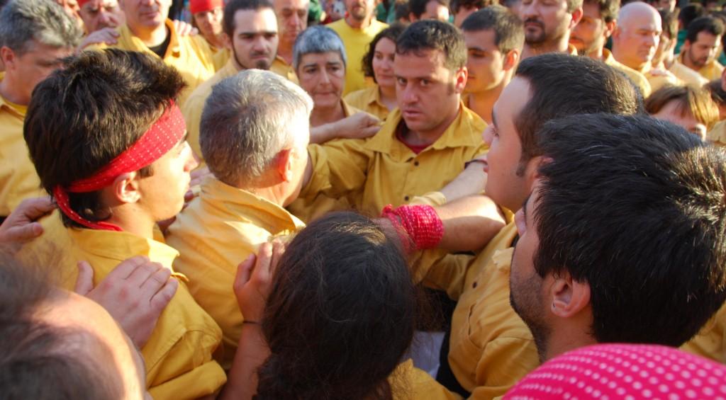 Sant Cugat  (1 ªTorre de set carregada) sota el Perona (6)
