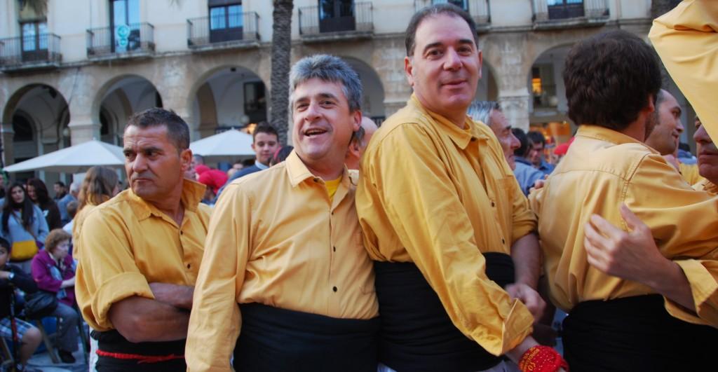 Vilanova Festa inclusiva amb castellers de les Roquetes i Falcons de Vilanova (6)