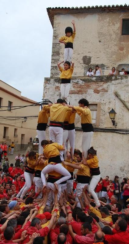 Bordegassos a El Milà  (Quatre de set amb pilar) (24)