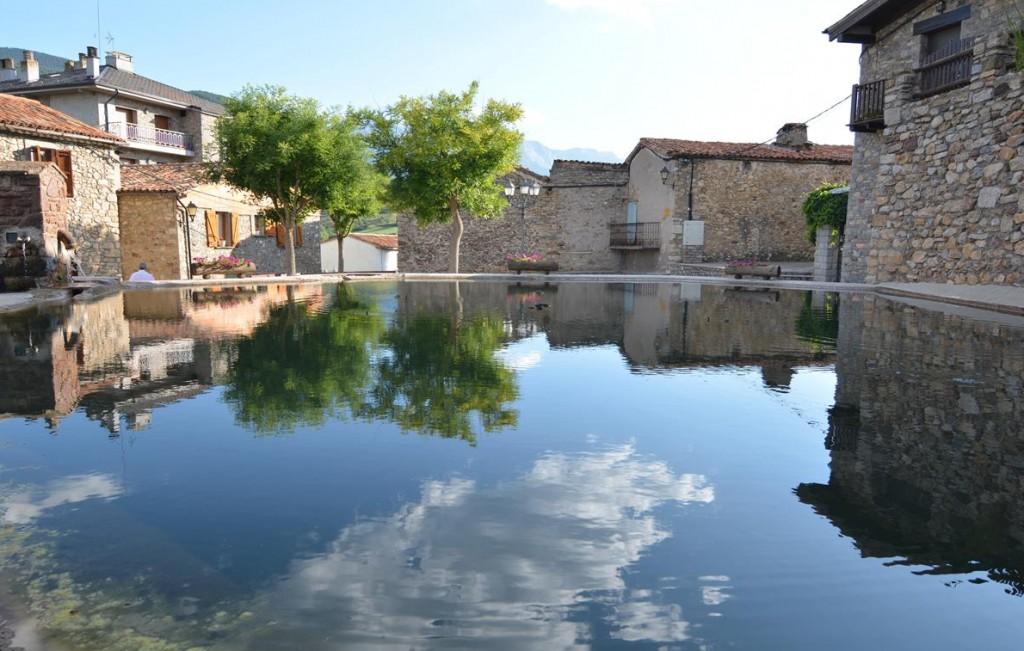 Montallà (Plaça del Llac) (2)