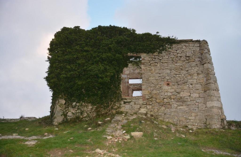 La Mussara (Restes del antic refugi)